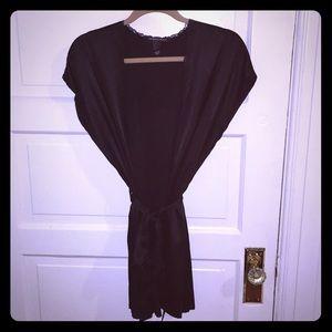 Victoria's Secret black silk/lace kimono robe M